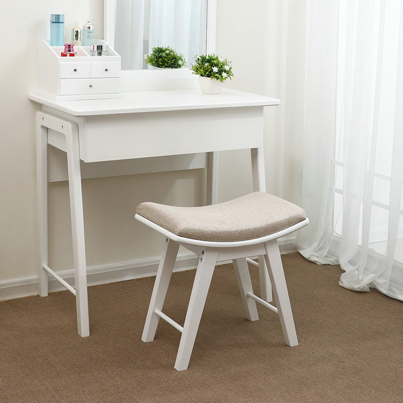 What are the types of bedside tables